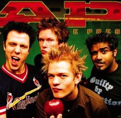 Plus, the lead singer looks like a troll mated with a hedgehog. (via zastavki.com)